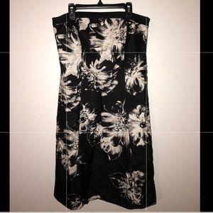 ANN TAYLOR: Flowery black & white sleeveless dress